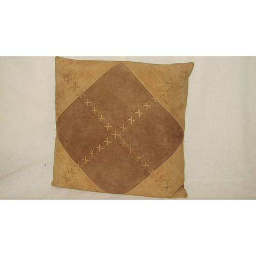 cushion GANT brand in beige suede 45 x 45