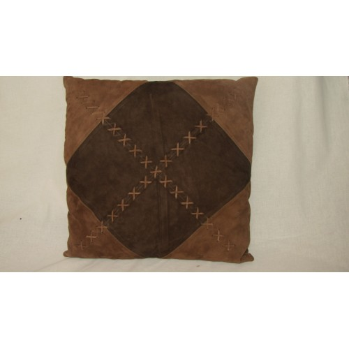 cushion GANT brand in brown suede 45 x 45