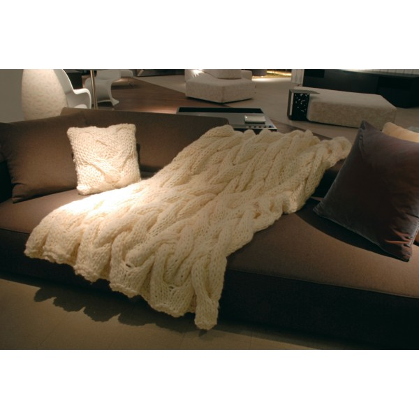 plaid en grosse laine tricot blanc mod cortina claudia. Black Bedroom Furniture Sets. Home Design Ideas