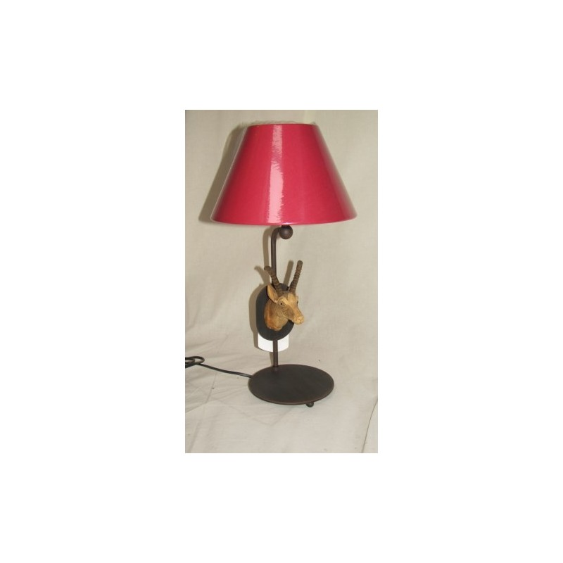 lampe poser ryckaert motif bouquetin taill en bois abat jour rouge haut 47cm larg 25 cm. Black Bedroom Furniture Sets. Home Design Ideas