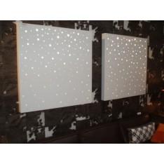 Tableau à trous Branco sobre Branco. Larg: 100 cm Haut. 100 cm  Prof. 10 cm