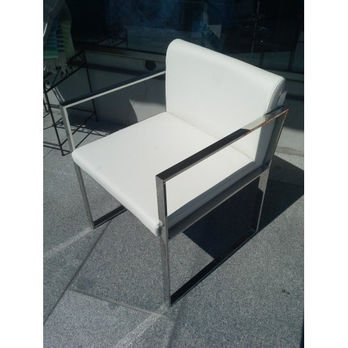 fauteuil MARCO POLO - structure métal argenté avec coussins cuir blanc cassé L55-P55/H73 cm