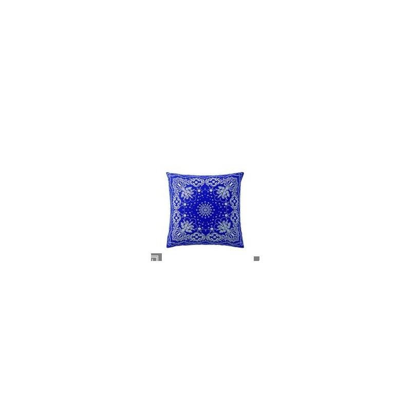 https://www.styles-interiors.ch/4715-thickbox/taie-d-oreiller-bandana-bleu-blanc-50-x-75-cm-essix.jpg