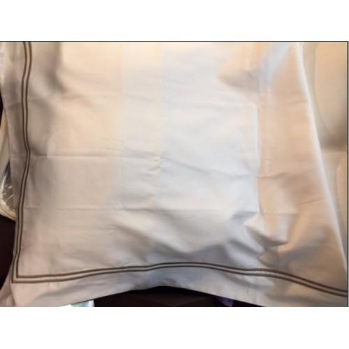 Pillow cover Sintra 3B1A, white with border mole, 65 x 100 cm Mastro Raphaël