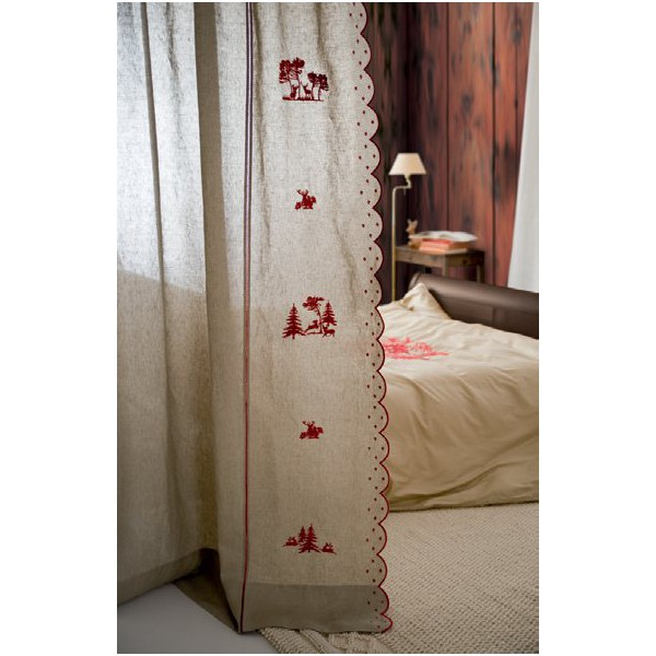panneau de rideau tenda crans en lin cru avec broderies rouges motifs montagne dim 210x260cm. Black Bedroom Furniture Sets. Home Design Ideas