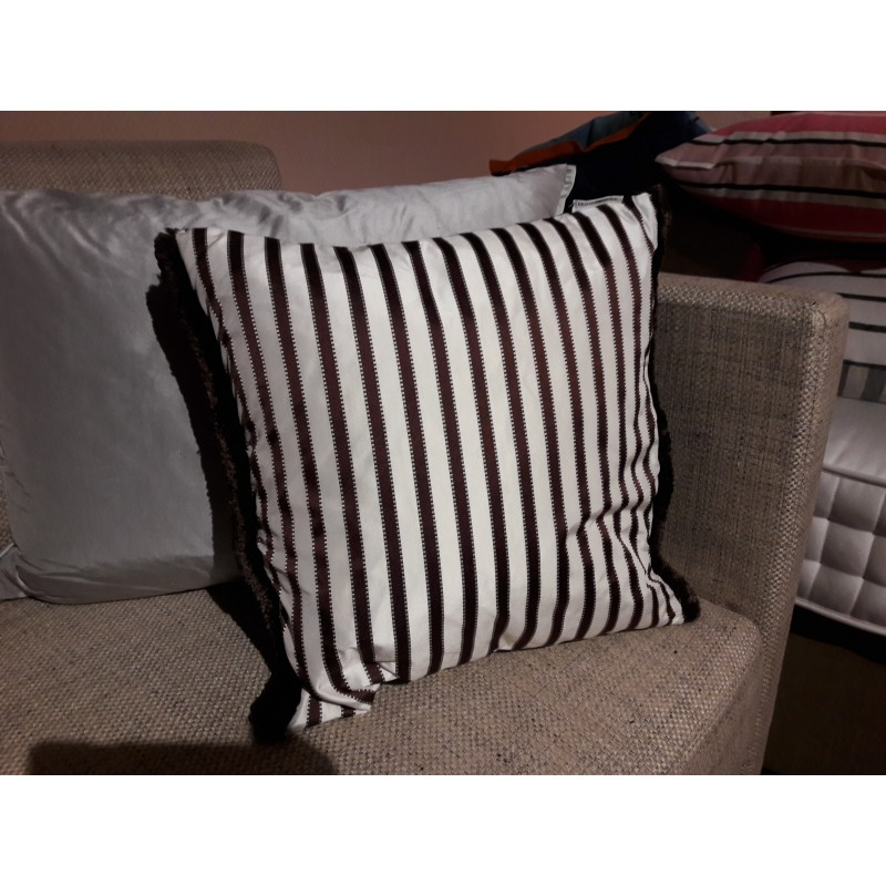 coussin DESIGNERS GUILD -FRANCHINI 40 x 40 cm cocoa - Styles ...