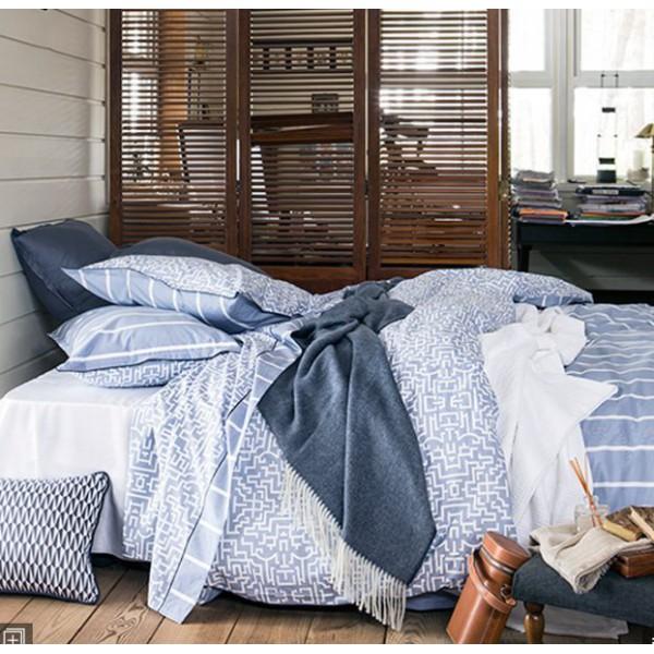 taie d 39 oreiller d dale bleu blanc motifs labyrinthe alexandre turpault. Black Bedroom Furniture Sets. Home Design Ideas