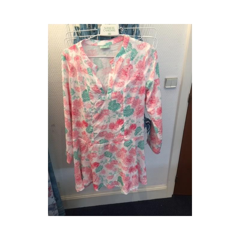 https://www.styles-interiors.ch/5317-thickbox/robe-delia-peony-t4-40-blanc-motifs-fleurs-roses-et-vert-d-eau-manuel-canovas.jpg