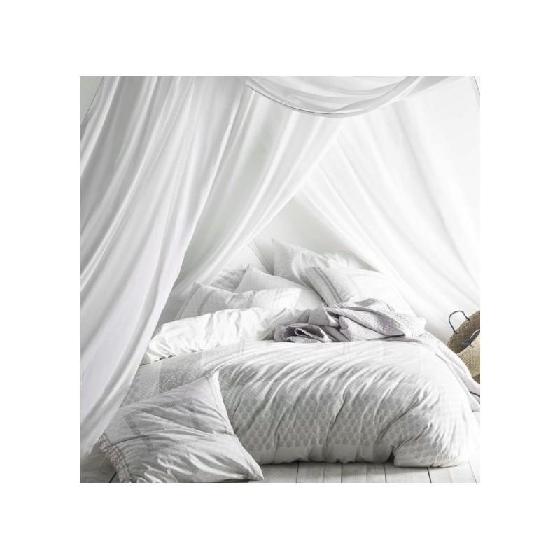 https://www.styles-interiors.ch/5523-thickbox/pillow-cover-bandana-col-red-white-dim-50x75-cm-essix.jpg