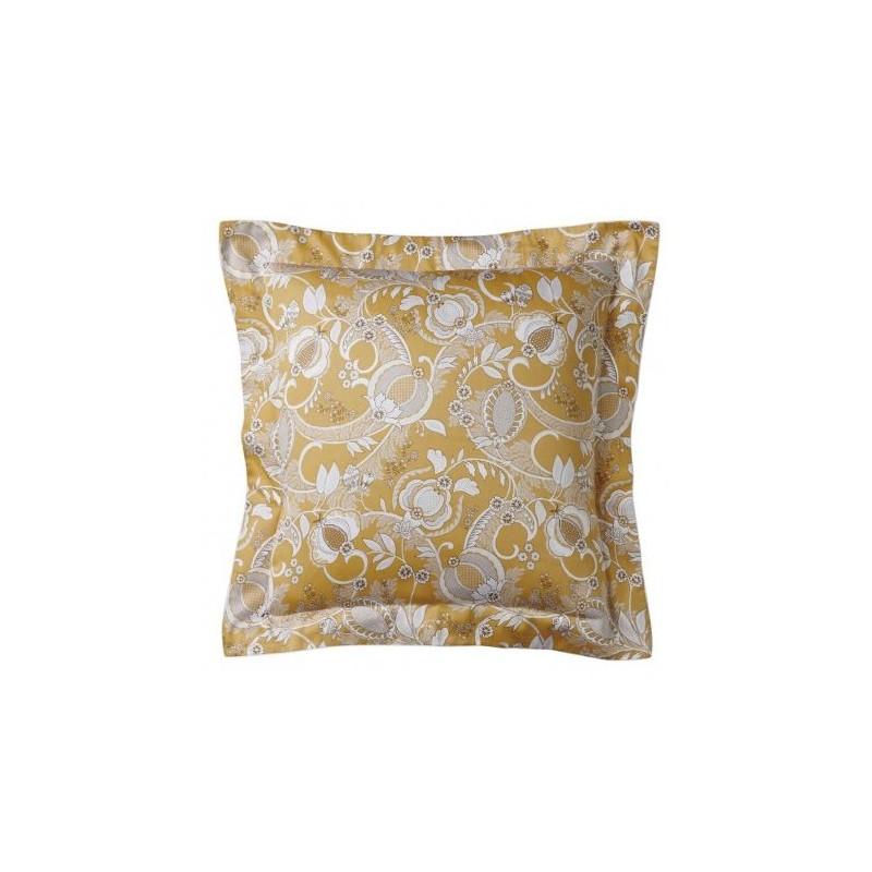 https://www.styles-interiors.ch/5546-thickbox/taie-d-oreiller-mogador-ocre-50-x-75-cm-alexandre-turpault.jpg