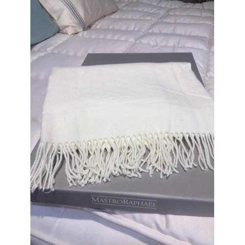 plaid MASTRO RAPHAEL - MEGEVE  130 x 170 cm - 50% cachemire-50% laine col crème 02