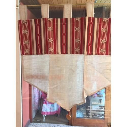 BRISE-BISE dim.45x90cm, col. lin, bordure rouge avec edelweiss Modane en Savoie