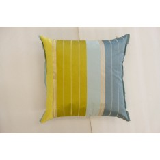 Coussin Designers Guild jaune, bleu clair, bleu foncé