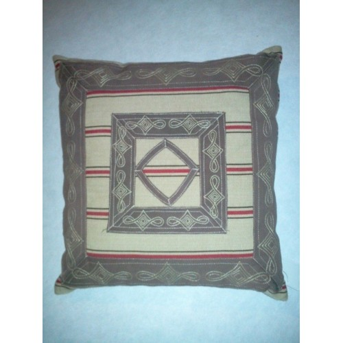Coussin Grammont ligne rouge 40x40
