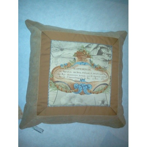 Coussin Mappemonde col.miel, dim.50x50cm, Pierre Frey