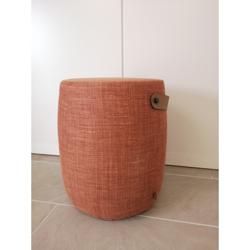https://www.styles-interiors.ch/7418-thickbox/milo-stool-harry-rust.jpg
