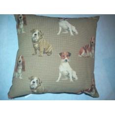 Coussin genre tapisserie motifs chiens col.brun, dim.45x45cm, Autrement Dit